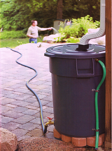 Rain barrels easy economical the garland rowlett for Build your own rain collection system