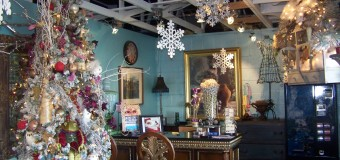 J McKinnley's salon receive Best Christmas Decorations award.