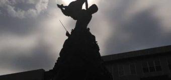Garland Got a Statue